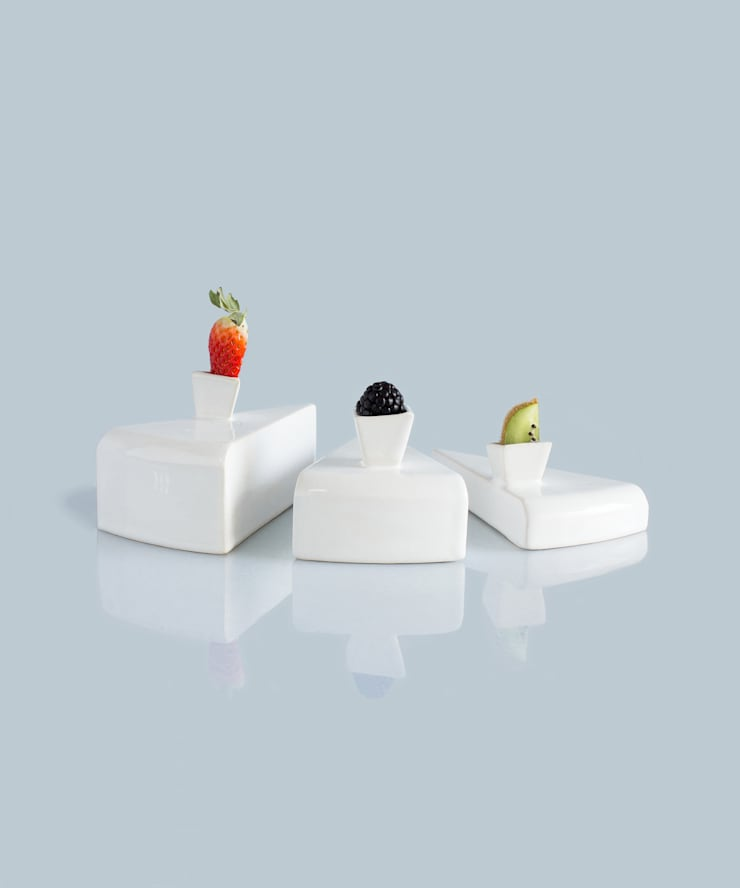ontop: Sala de jantar  por Studio Ludovico