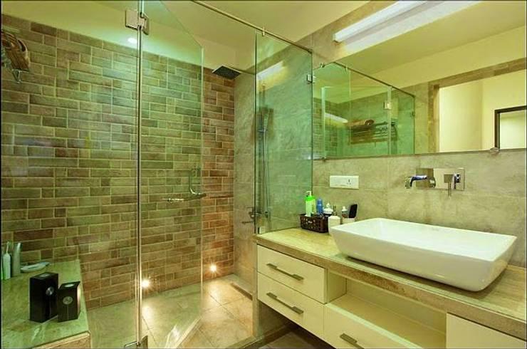 BATHROOM Designs:  Bathroom by Artek-Architects & Interior Designers