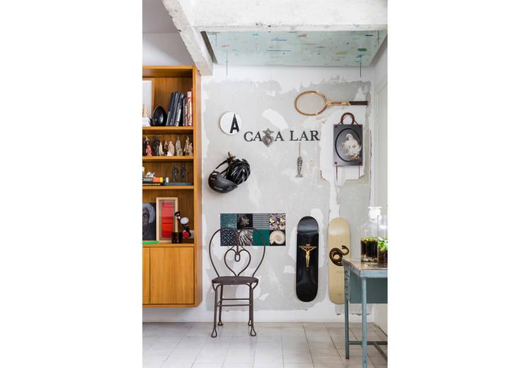 Гостиная в . Автор – RSRG Arquitetos, Минимализм