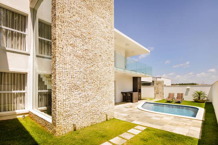 Casa TB: Terraços  por Renata Matos Arquitetura & Business