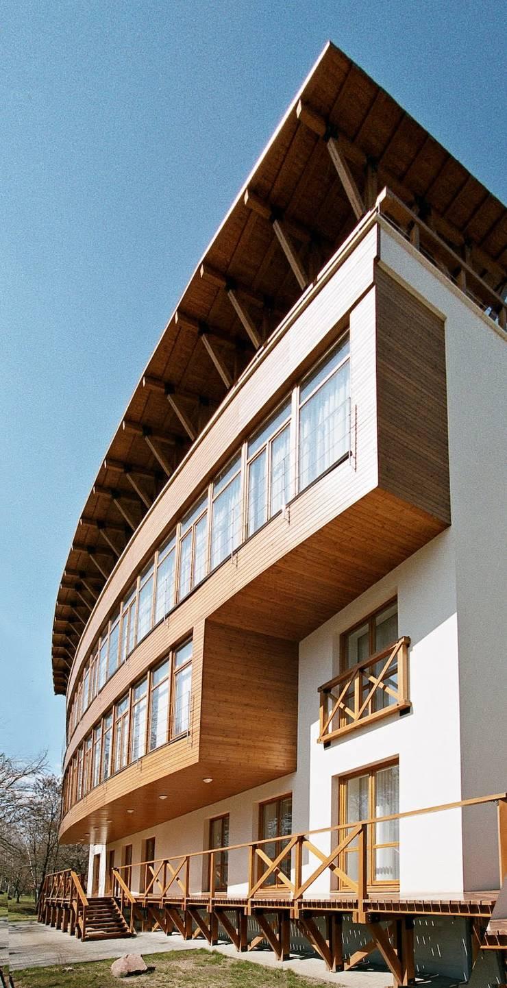 The Modern House 2004 Дома в стиле модерн от House Reconstruction LLC Модерн