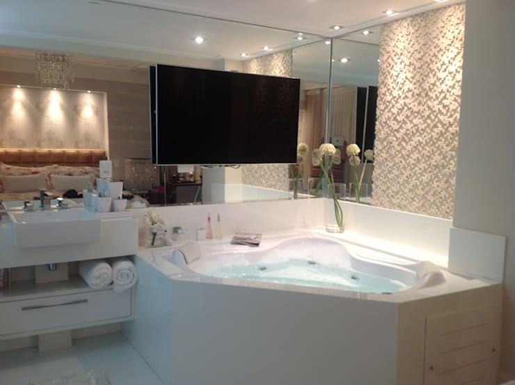Apto Mooca: Banheiros modernos por Marcia Arcaro Design Ltda ME