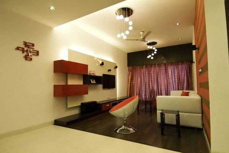 Residence in Jayanagar: modern Living room by Design Cafe