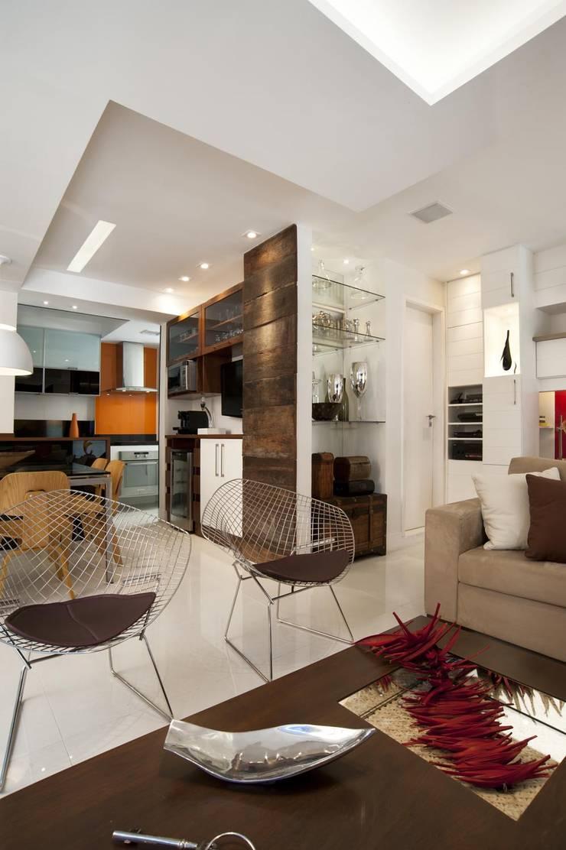 Apto K: Salas de estar  por m++ architectural network