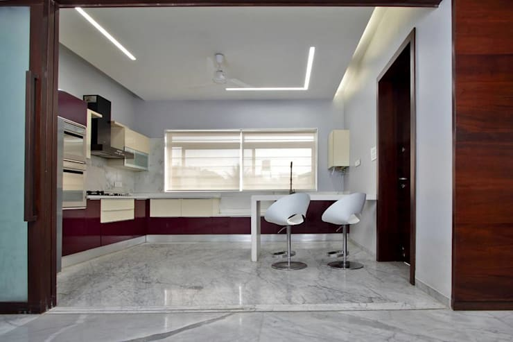 Babu Residence:  Kitchen by Planet 3 Studios P Limited,