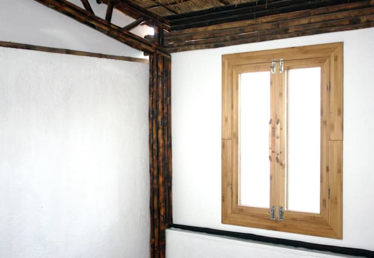 Bamboo Canopy:  Walls by Errol Reubens Associates