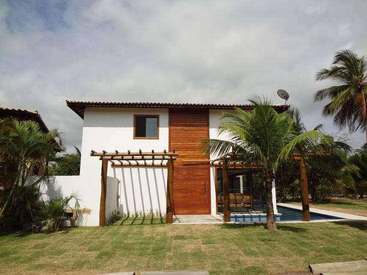 rustic Houses by Tupinanquim Arquitetura Brasilis