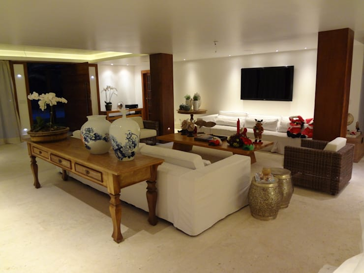 rustic Living room by Tupinanquim Arquitetura Brasilis