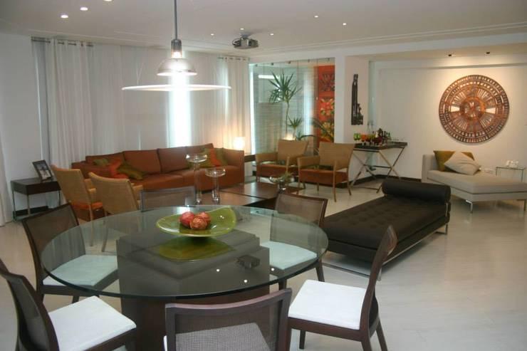 Apartamento em Itaparica Salas de jantar clássicas por FABIO PINHO ARQUITETURA Clássico
