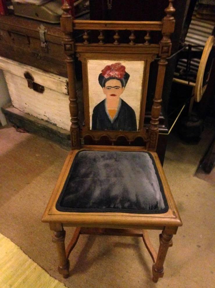 """Cadeira """"Frida Kalo"""": Casa  por Second Life"""
