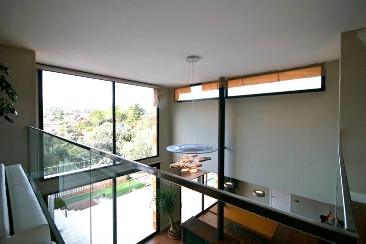 Casas de estilo  por VALVERDE ARQUITECTOS