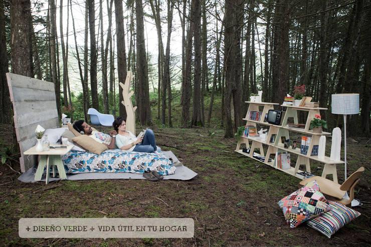 Vida Útil: Dormitorios de estilo  por Plasma Nodo