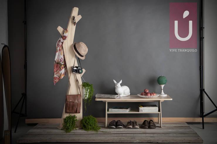 Vida Útil: Salones de estilo  por Plasma Nodo
