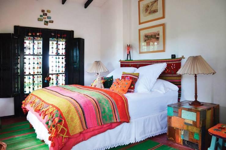 Telares de Atamisqui: Paredes y pisos de estilo  por Telares norteños