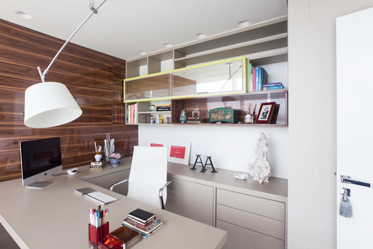 Bureau de style de style Moderne par Arina Araujo Arquitetura e Interiores