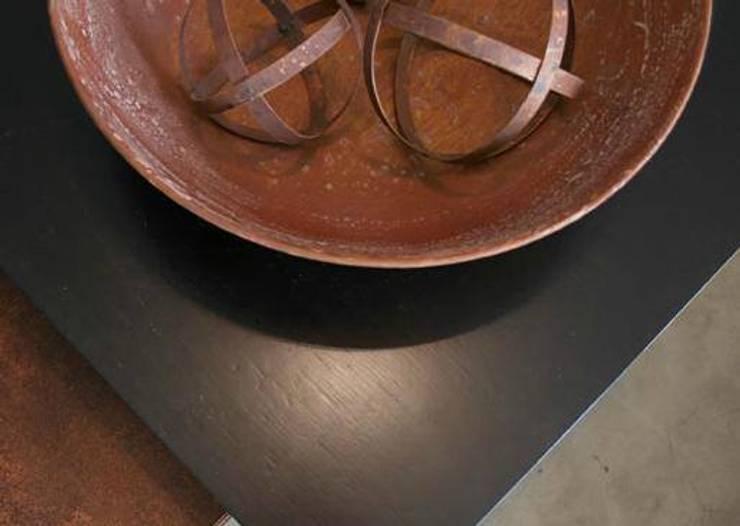 Linea hierro: Hogar de estilo  por Dulce Hogar