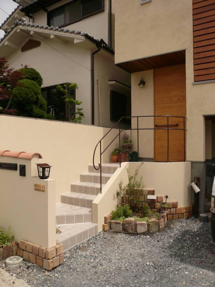 柏原の家: 株式会社 atelier waonが手掛けた家です。