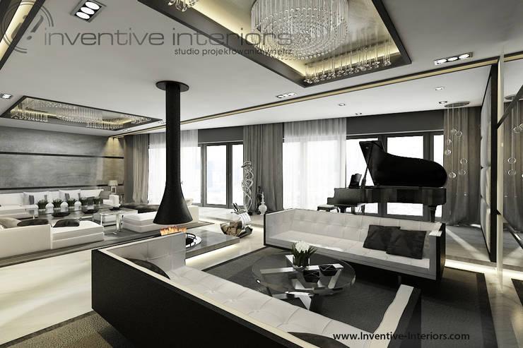 Wiszący kominek w salonie: styl , w kategorii Salon zaprojektowany przez Inventive Interiors