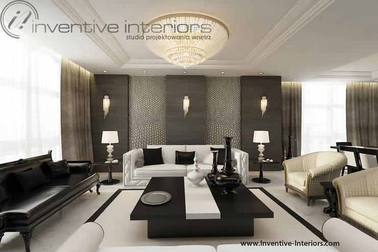 INVENTIVE INTERIORS – Projekt apartamentu ze złotem: styl , w kategorii Salon zaprojektowany przez Inventive Interiors,Klasyczny Drewno O efekcie drewna