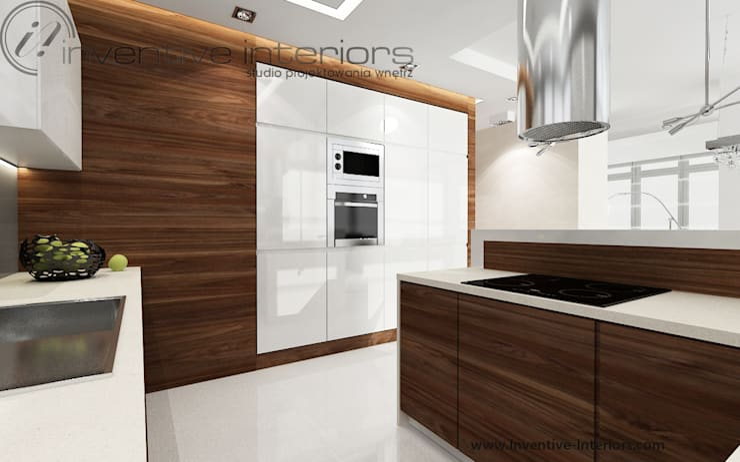 INVENTIVE INTERIORS – Dom z wysokim salonem: styl , w kategorii Kuchnia zaprojektowany przez Inventive Interiors