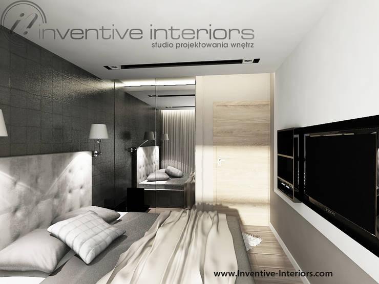 Czarna tapeta w sypialni: styl , w kategorii Sypialnia zaprojektowany przez Inventive Interiors