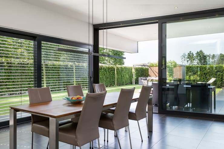 Dining room by 2architecten