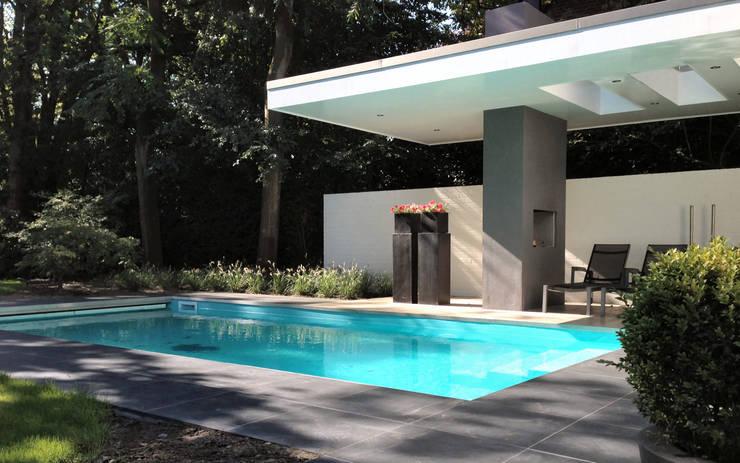 Woonhuis TIVE Rosmalen :  Zwembad door 2architecten
