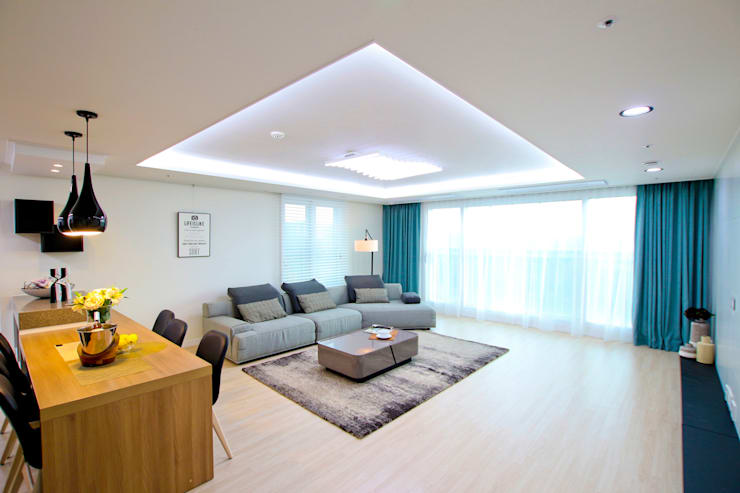 동탄2신도시 꿈의그린 44평: dual design의  거실
