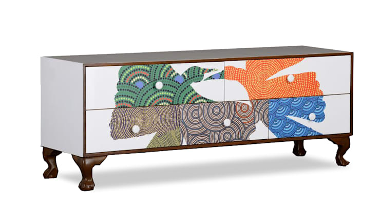 Gond Console Unit:  Living room by Square Barrel