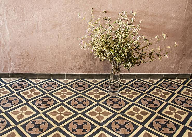 Salon de style  par Mosaic del Sur