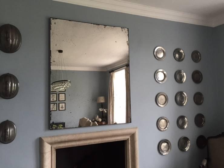 Living room by Dominic Schuster Ltd.