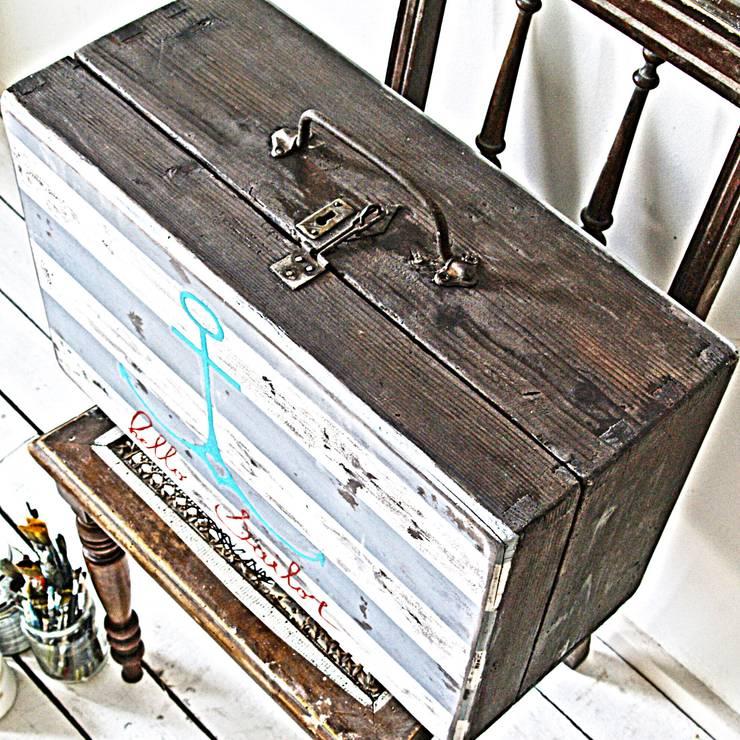 Morski Kuferek: styl , w kategorii  zaprojektowany przez Treefabric,Skandynawski Drewno O efekcie drewna