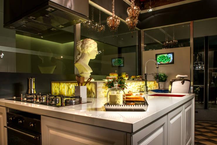 Espaço Casa & Cia: Espaços gastronômicos  por Falchetti Photo Concept