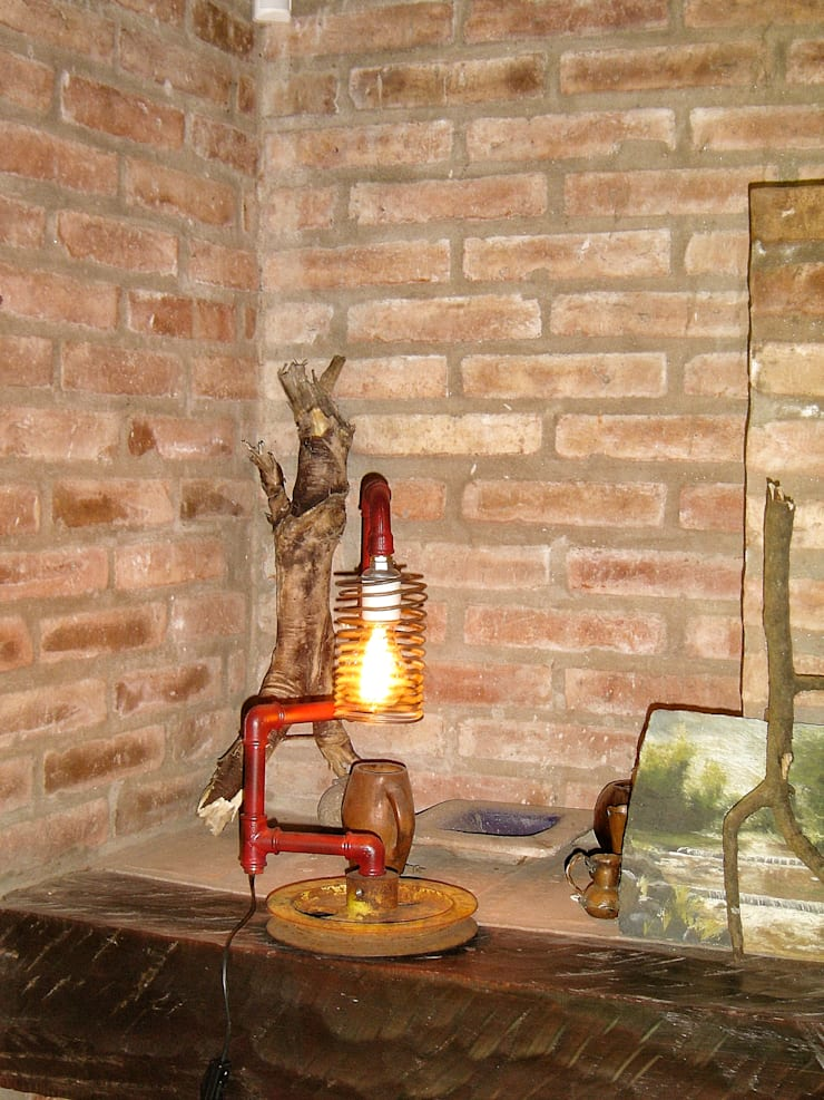 Lampara Estilo Industrial, Base Polea, Bombilla Vintage: Livings de estilo  por Lamparas Vintage Vieja Eddie