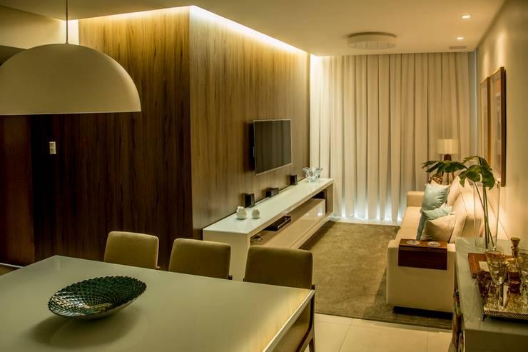Foto 02 - Living Apartamento A+B: Salas de estar  por abmaisarquitetos