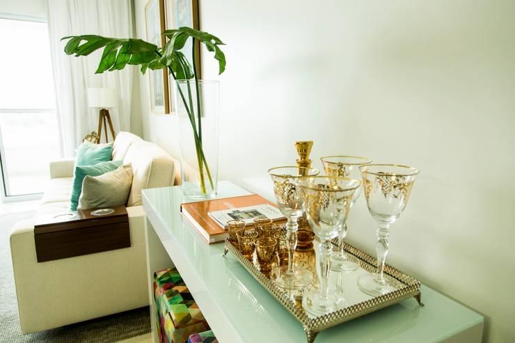 Foto 05 - Living Apartamento A+B: Salas de estar  por abmaisarquitetos