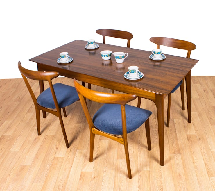 scandinavian Dining room by RetroLicious Ltd