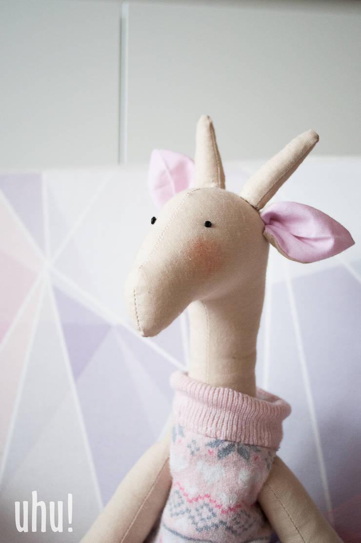 żyrafa Tosia: styl , w kategorii Pokój dziecięcy zaprojektowany przez uhu!