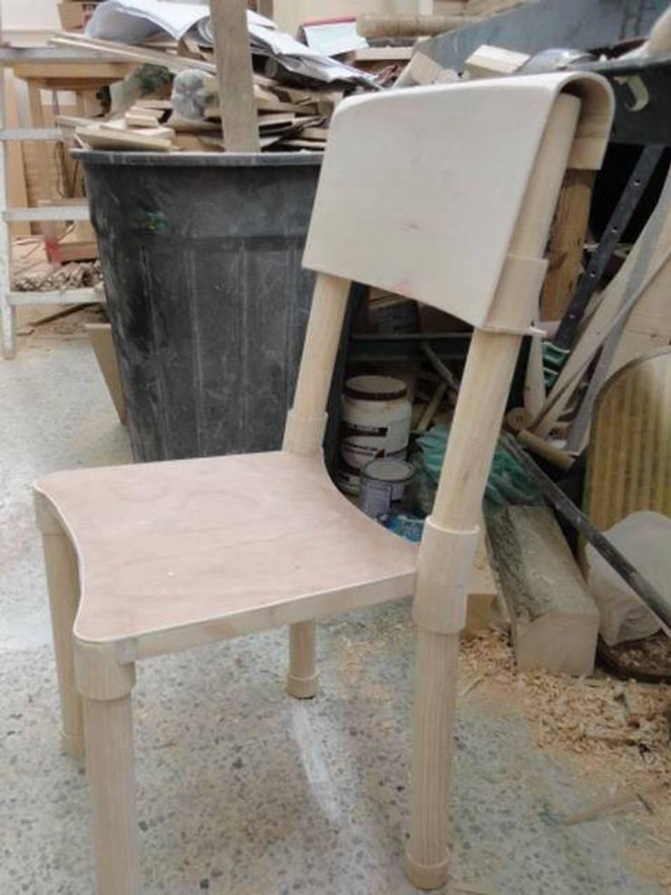Molde para Inyecion Proyecto mueble ecolar desarmable :  de estilo  por JVR  Madera Y Diseño