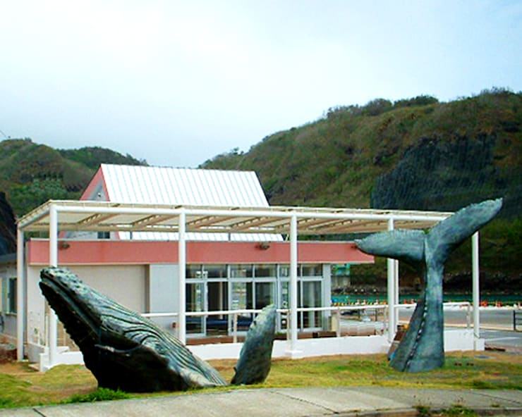 Casas de estilo  por ユミラ建築設計室,