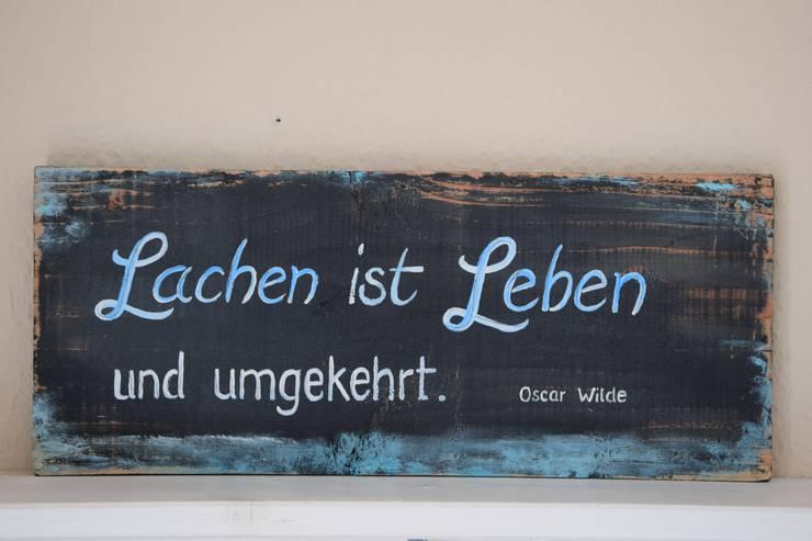 """Holzschild """"Lachen ist Leben..."""":  Wände & Boden von Ann&Jan"""