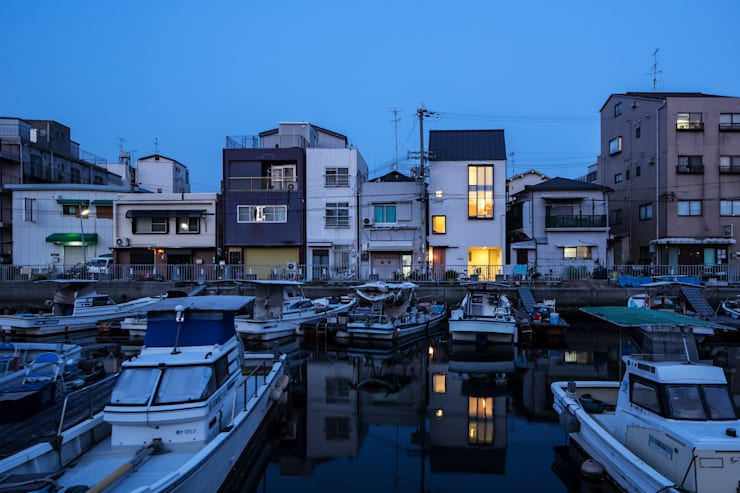 Casas estilo moderno: ideas, arquitectura e imágenes de Mimasis Design/ミメイシス デザイン Moderno