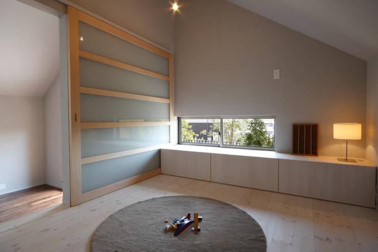 House in Kunimidai: Mimasis Design/ミメイシス デザインが手掛けた和室です。