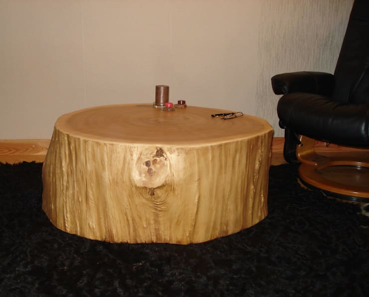 Baumstamm tisch ausgehöhlt von Holzbau Bohse | homify