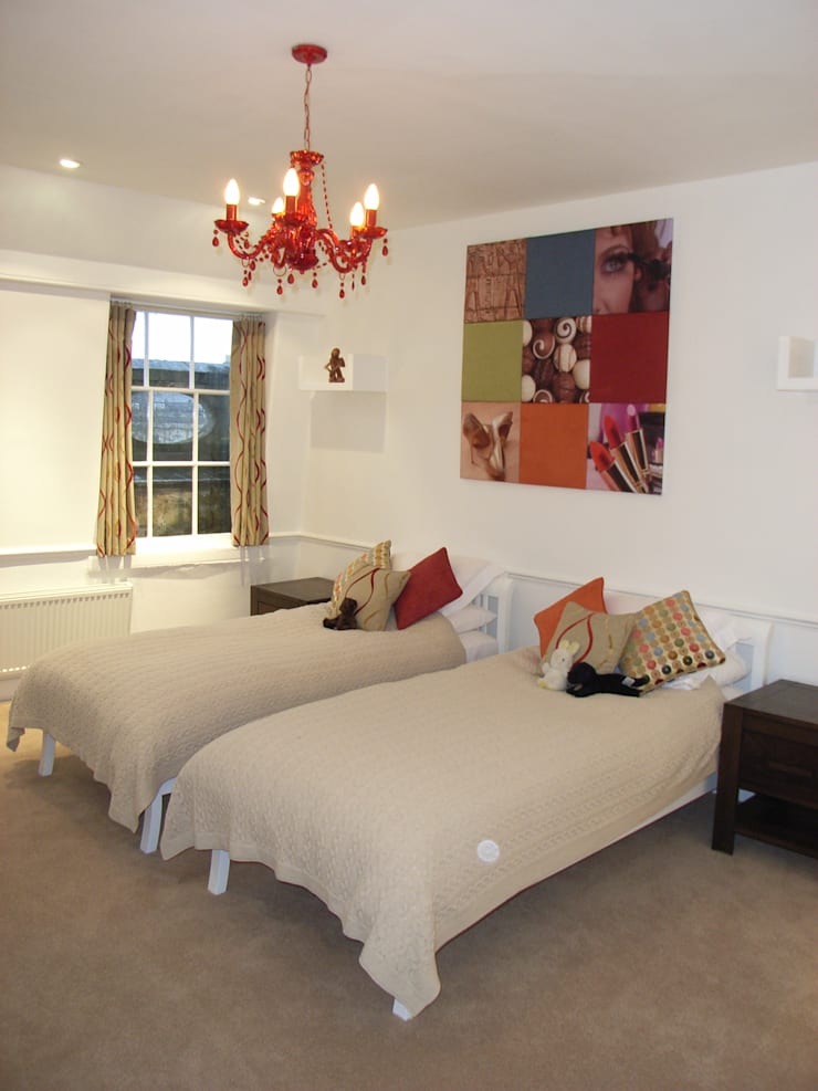 Teenager's Bedroom:  Bedroom by Style Within,