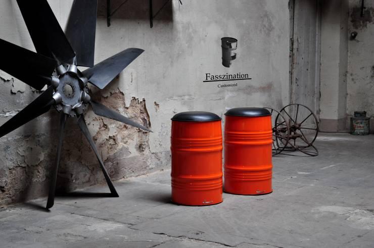Projekty,  Garderoba zaprojektowane przez Fasszination Customized