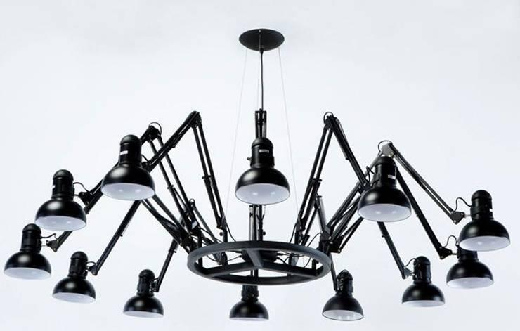 Candeeiros de teto Ceiling lamps www.intense-mobiliario.com  Devit http://intense-mobiliario.com/product.php?id_product=9296: Sala de jantar  por Intense mobiliário e interiores;