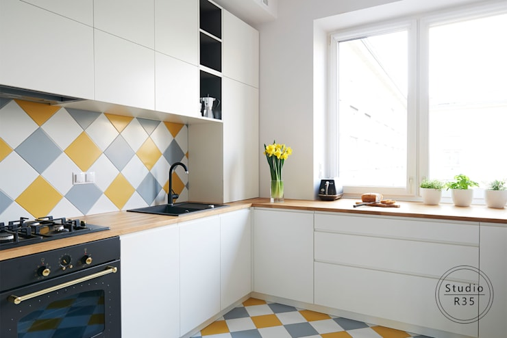 Mokotów 02: styl , w kategorii Kuchnia zaprojektowany przez Studio R35,Skandynawski