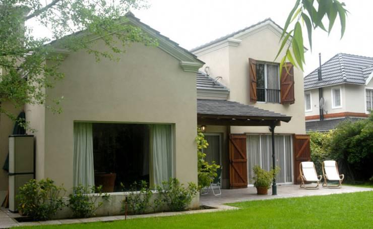 Radrizzani Rioja Arquitectosが手掛けた庭