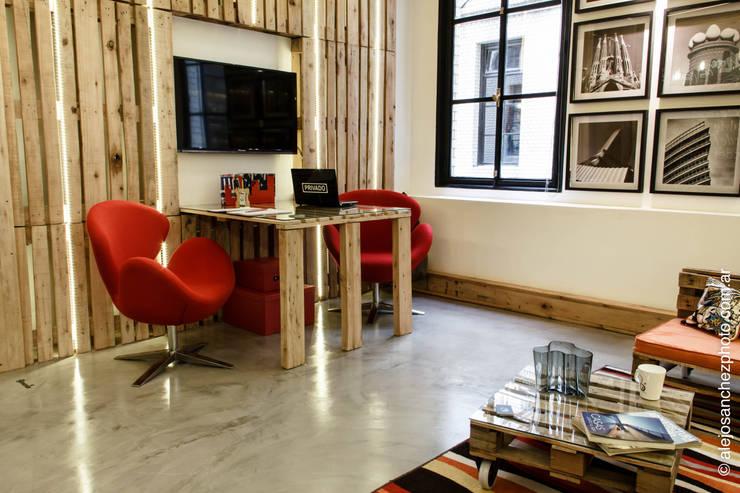 SECTOR ESCRITORIO : Estudios y oficinas de estilo  por G7 Grupo Creativo